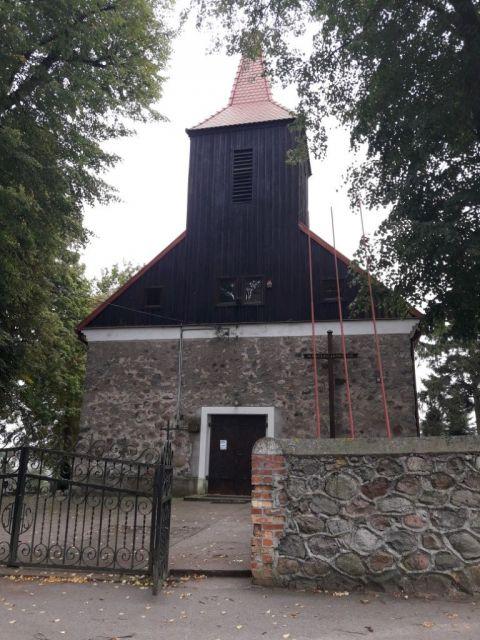 Kościół pw. św. Wawrzyńca w Kiełpinach (gm. Lidzbark)