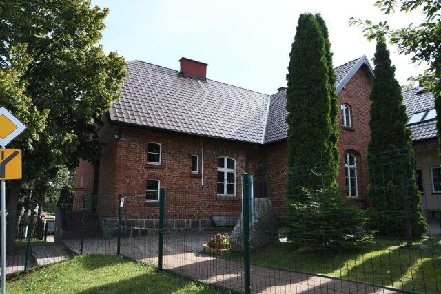 Rumian - szkoła (gm.Rybno)